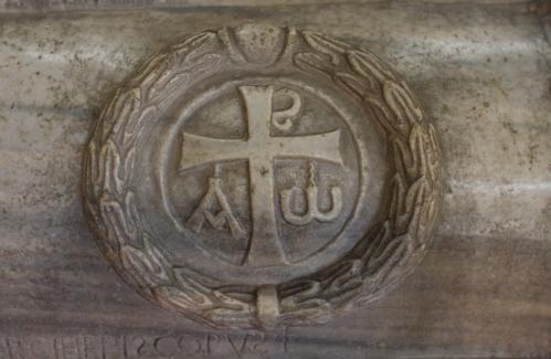 sant-apollinare-classe-ravenna-sarcophagus-theodorus.346100707_std.jpg